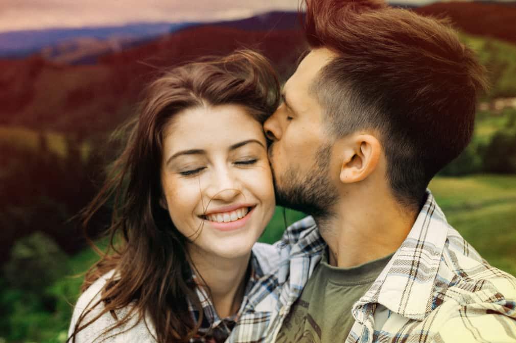 relationships and hookups